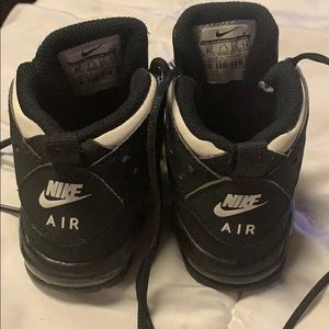 Little boys Nike Air max CB Barkley size 8C